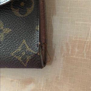 Louis Vuitton Bags - Authentic Vintage Louis Vuitton Wallet